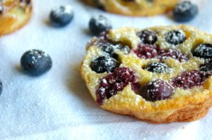 These personal size Mini Summer Berry Clafoutis are simple and delicious. Use any fresh berries you have around: raspberries, blueberries, blackberries, etc